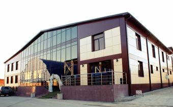 Спортивный комплекс Гигант. Вход в ресторан