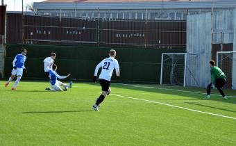 «Сахалин» отправил четыре безответных мяча в ворота «Черноморца»