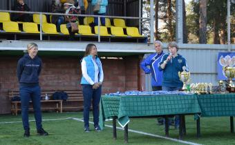 Награждение участников финального турнира первенства России по футболу среди женских команд.