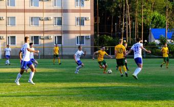 «Урожай» победил впервые в межсезонье, СКА и «Акрон» сыграли вничью