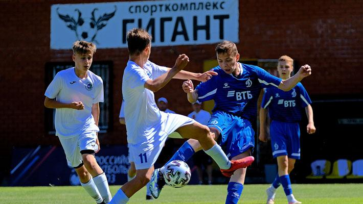 «Спартак» отправил 4 безответных мяча в ворота «Торпедо». «Зенит» и «Локомотив» одержали крупные победы