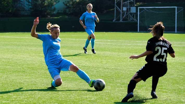 В финале зонального турнира сыграют «Академия футбола» и «Дончанка»