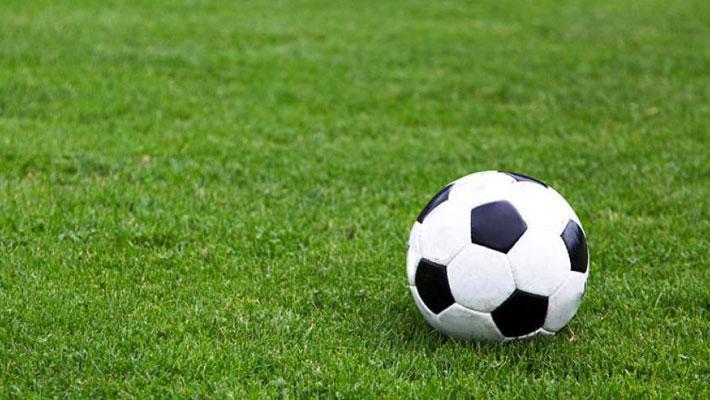 В спорткомплексе «Гигант» стартовал заключительный этап чемпионата Национальной студенческой лиги (НСФЛ). Первыми из 16 участников на поле номер 1 вышли футболисты саратовского СГУ и ростовского ДГТУ.