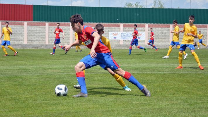Девять мячей в воротах «Луча» и ни одного в противостоянии Москвы и Питера